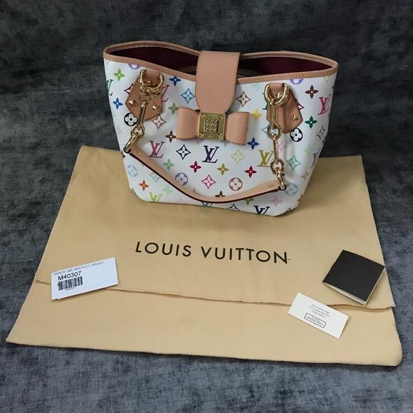 5276755a50 Louis Vuitton Handbags - Authentic Louis Vuitton Annie MM Monogram Bag